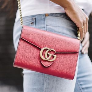 Gucci marmont leather mini chain bag